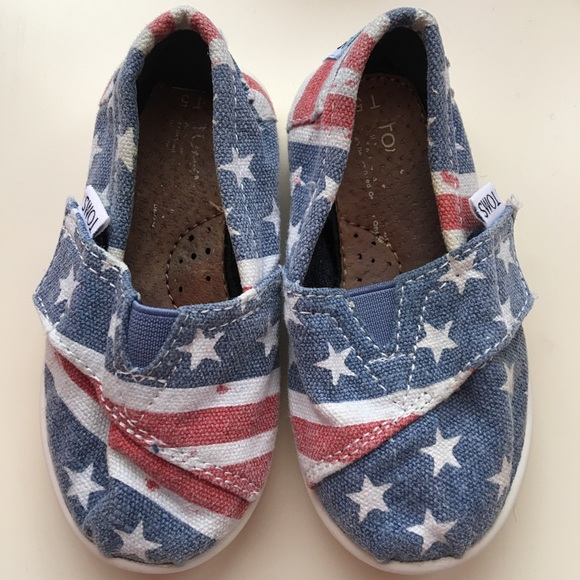Toms Other - Toddler size 5 TOMS